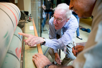 Frank Rhodes looks at seismograph