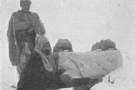 Explorers at Arslan Taş