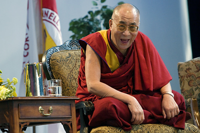 image of the Dalai Lama laughing at Cornell, from Robert Barker, Cornell University Photography, from an article at news.cornell.edu