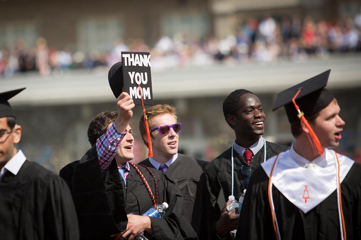 Student thanking mom